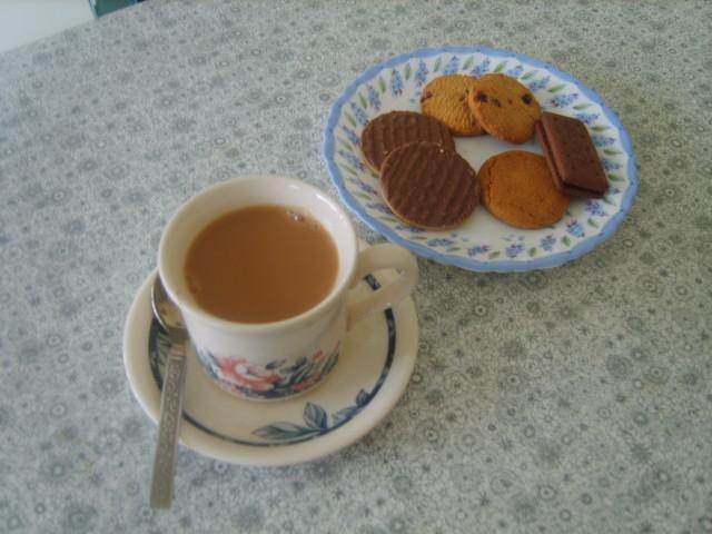 tea-biscuits-001.jpg